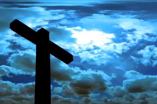 fondo  cielo azul y cruz
