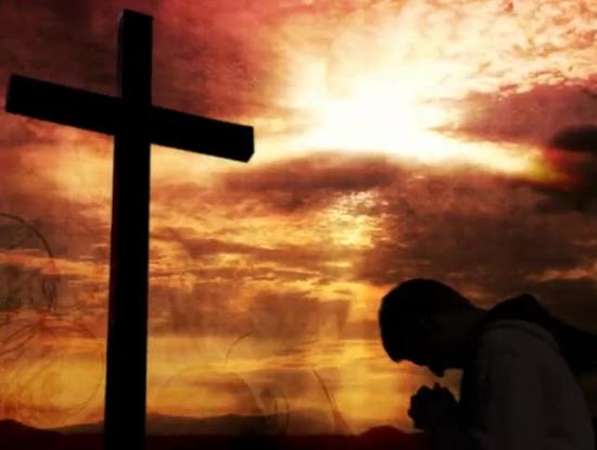 2621 kneelingatthecross full jpgWorship At The Cross